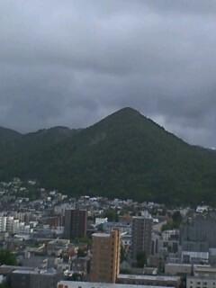 雨上がり、虹の札幌